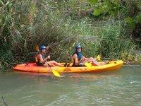 在皮划艇平静水域卡布里埃尔河下降