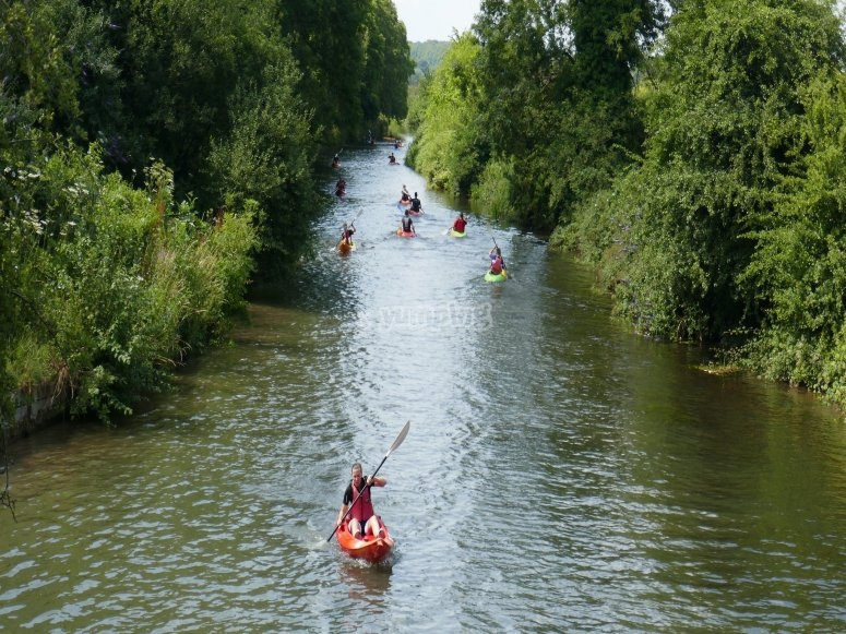皮划艇河中的路线卡布里埃尔