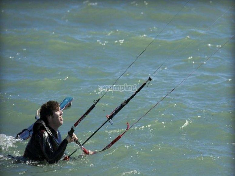 在海上练习