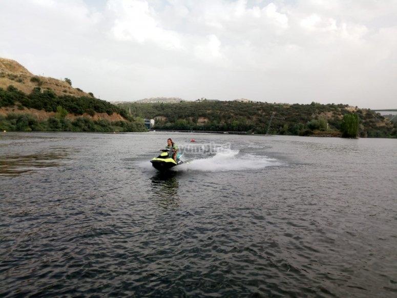 Jet ski in San Rafael reservoir