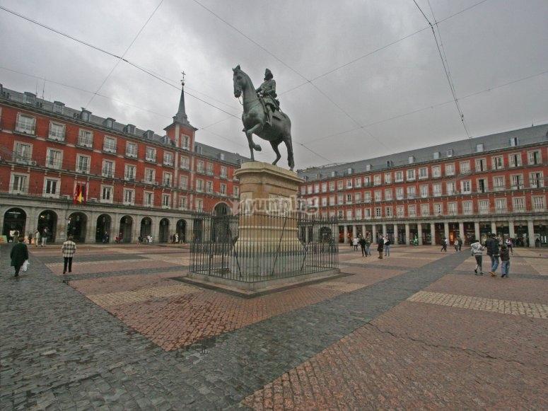 Ruta y gymkana por Plaza Mayor