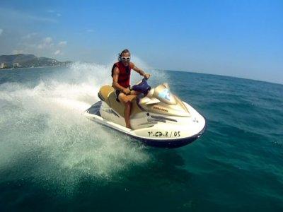 Alquiler de moto acuática Gandía 30 min