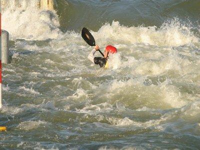 Avalancha Montañas y Barrancos Kayaks