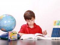Kids reviewing