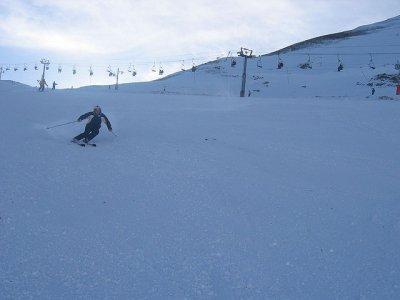 Avalancha Montañas y Barrancos Esquí