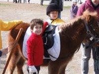 Oferta Paseo en pony 10 min + visita a la granja