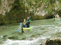 Descenso en canoas por el  río Cares 2h