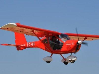 Volo introduttivo pilota ULM