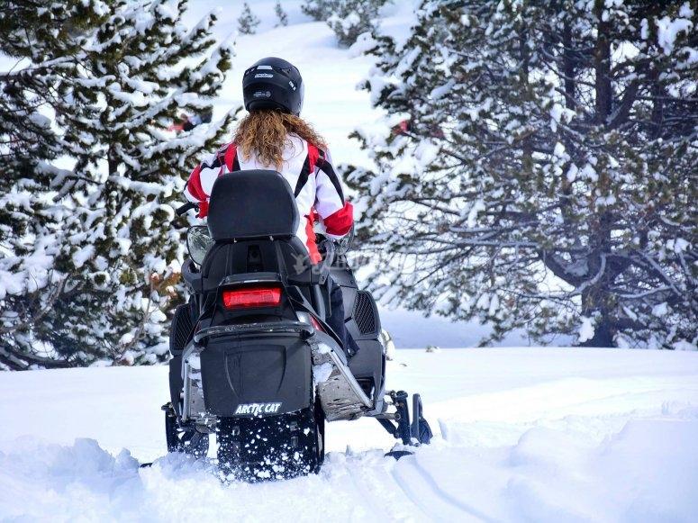 Motos de nieve para 2 en Andorra