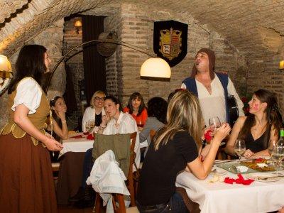 Cena Mágica con Bruja y Queimada Toledo