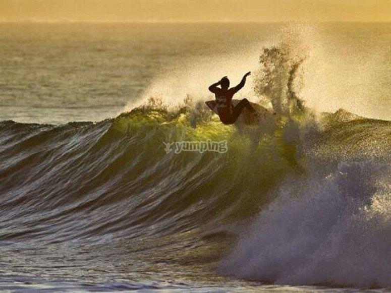 Imparare la tecnica del surf