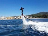 Alzandose sobre la costa gallega