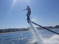 Flyboard con el sol encima