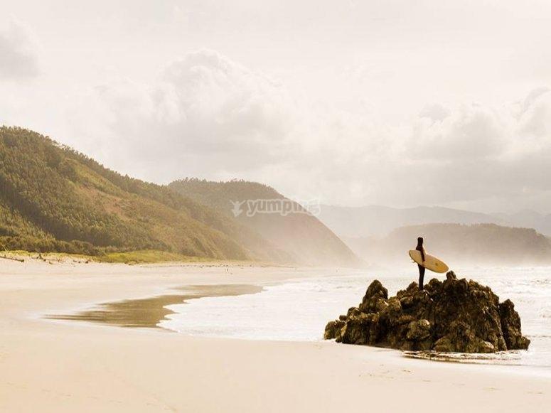 Spiaggia perfetta per il surf
