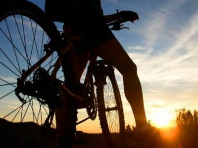 Percorso guidato in mountain bike, da Naveces, 3 ore