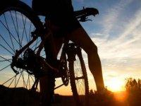 Percorso guidato in mountain bike, da Naveces, 3 ore