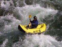 打开皮划艇节水障碍物