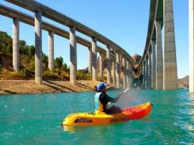Kayak travesía embalse de Contreras 2h 30min