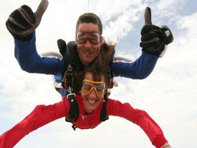 Salto paracaídas el 12 de Oct a 3300 m en Ontur