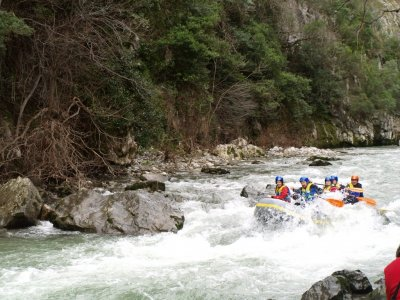Rafting en el río Deva en La Hermida, 2 h y 30