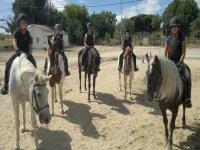 Bono 10 clases de equitación todos los niveles