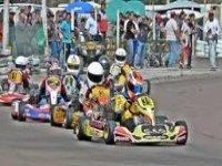 Emocionantes carreras de karting