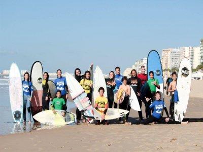 Curso surf en Cádiz en familia 5 clases y vídeo