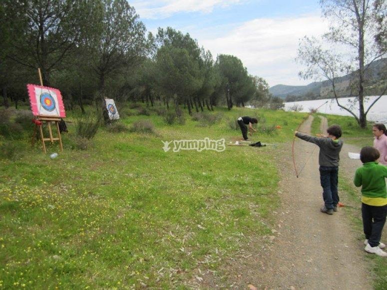 Aprende a disparar con arco