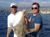 Media jornada de pesca en barco compartido. Adeje
