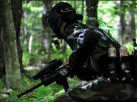 Soldado con municion a la espalda
