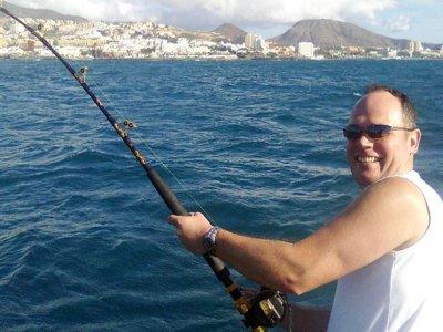 Charter de pesca en exclusiva en Adeje. 6 horas
