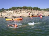 Un chapuzón desde los kayaks