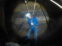 Visitando la cueva