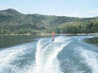 A toda velocidad con la tabla de wakeboard