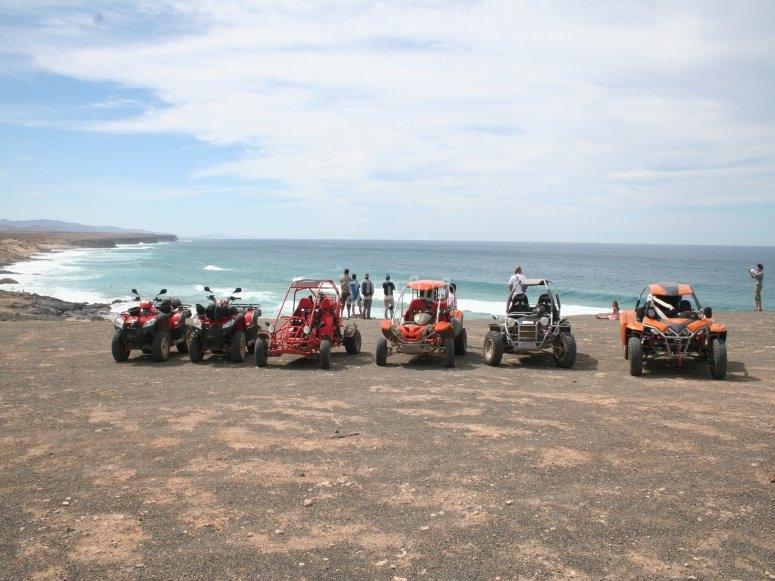 Quads y buggies recorriendo Fuerteventura