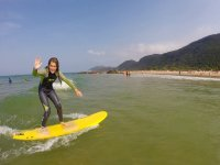 Clase de iniciación al surf en Noja, 2 horas