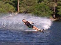 Wakeboard en la presa de Burguillo