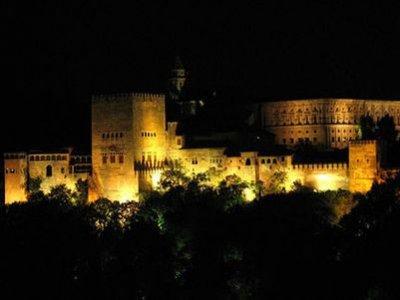 Ruta nocturna en segway por todo Granada, 2 horas