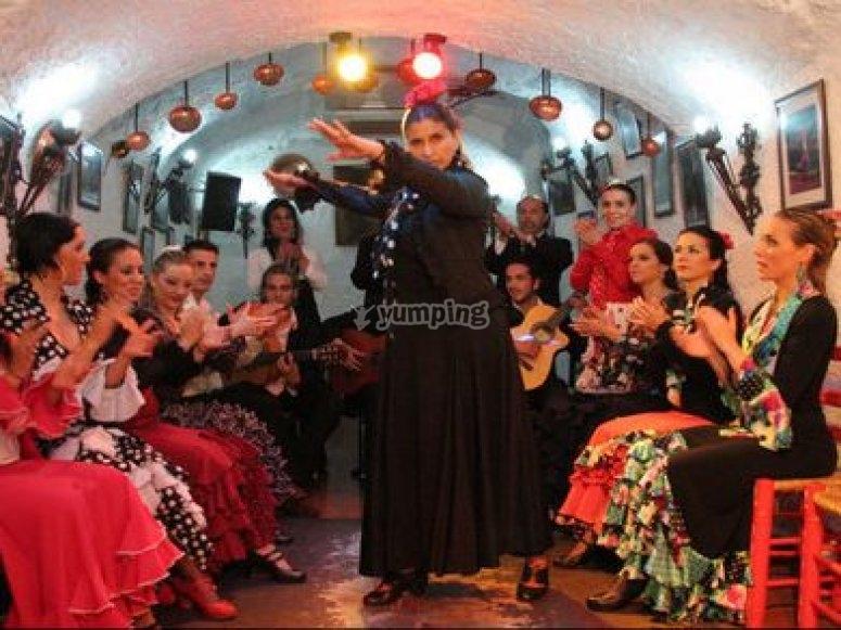 Disfruta del flamenco en la cueva