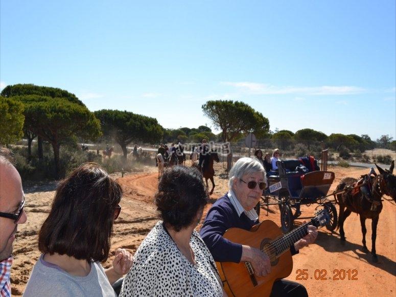 Amenizado por cante andaluz