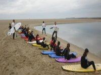 Todos listos para surfear