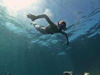 Brazadas en el mar