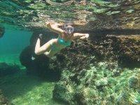 Aguas cristalinas en el mar