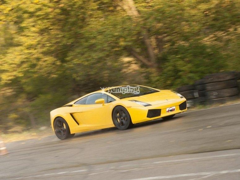 One round in Lamborghini circuit