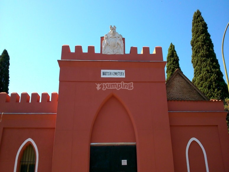 entrada cementerio