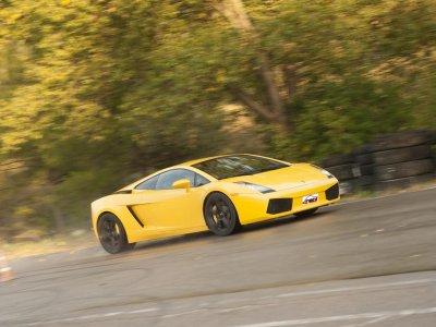 1 vuelta en Lamborghini Gallardo en Monteblanco