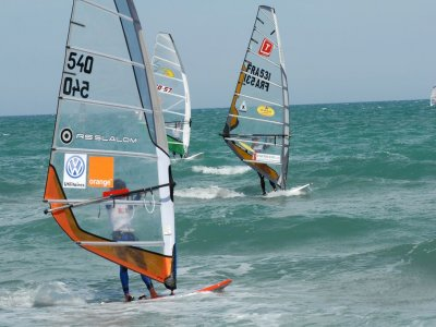 Tierra y Mar Multiaventura Windsurf
