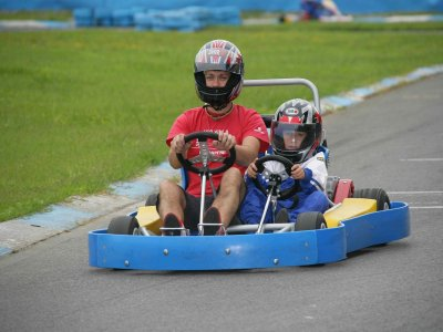 Tanda de karting biplaza 10 min Soto de Dueñas
