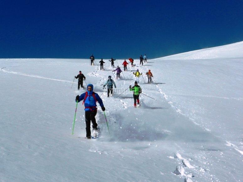 Correre con le racchette da neve