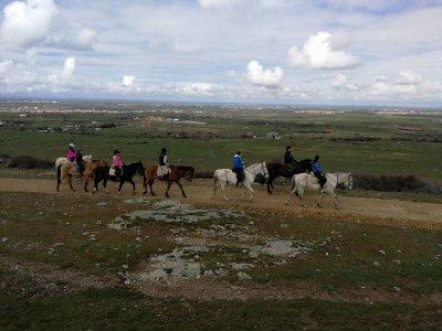 骑马在独特的Granja de S. Ildefonso